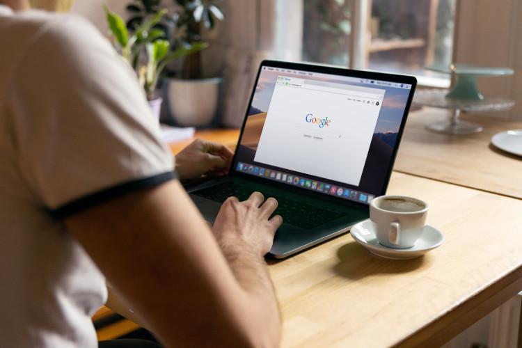 Google Einträge löschen: So schützen Sie sich & Ihre Reputation